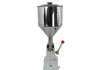 Kleine handbetriebene Cremefüllmaschine